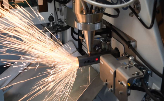 decoupe laser tube acier